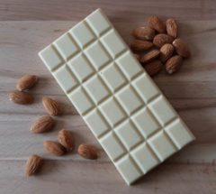 Chocolat blanc amande entiere rdt