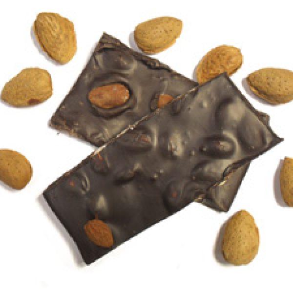 Chocolat noir aux amandes entières